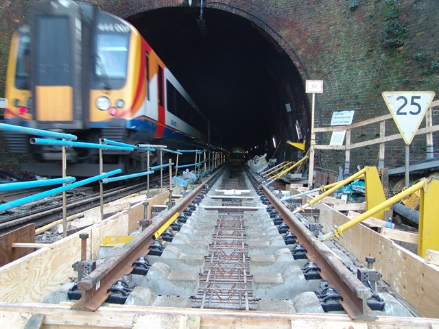 SOUTHAMPTON TUNNEL WORKS FINISHED A YEAR EARLY: Southampton Tunnel Entrance
