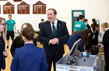 Energy Minister Paul Wheelhouse with pupils from Larbert High1