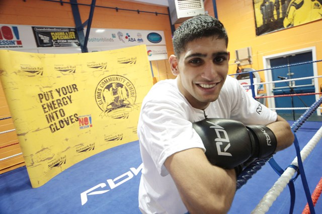 Amir Khan at Gloves Community Centre & Gym - powered by Network Rail: Amir Khan at Gloves Community Centre & Gym - powered by Network Rail