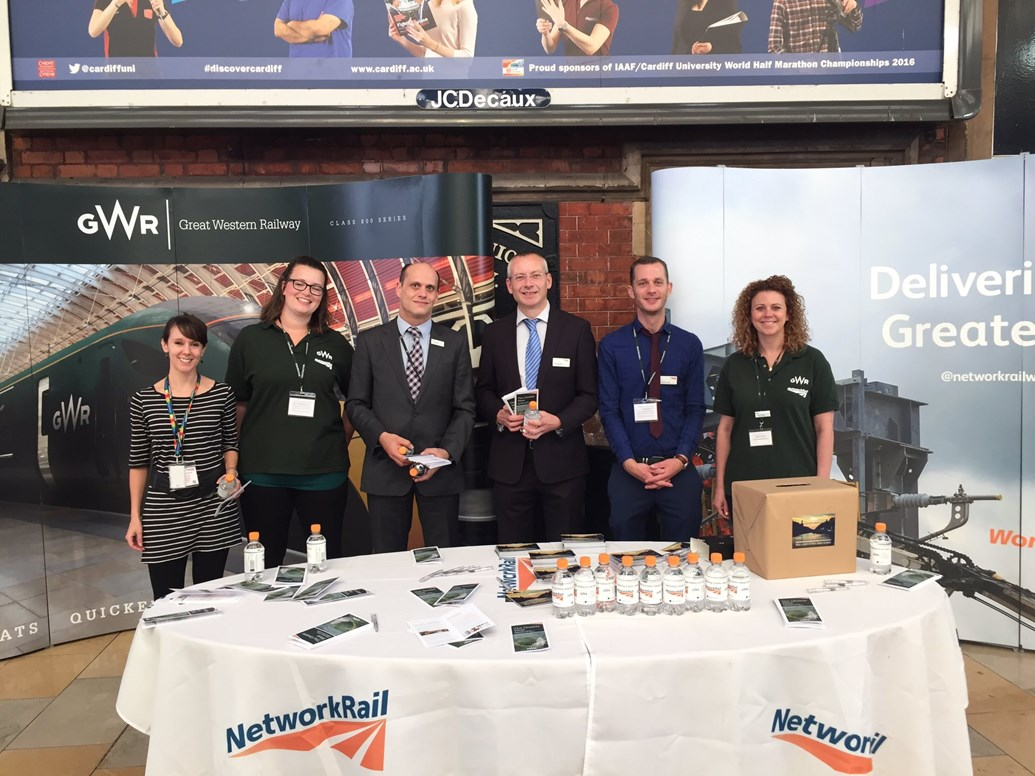 Reading passengers invited to find out more about benefits of railway alliance: Alliance Roadshow Temple Meads 07/16