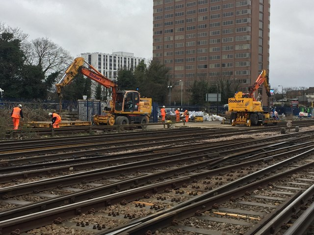 No trains between London Victoria and East Croydon this weekend (Saturday 16 to Sunday 17 October) due to important railway upgrades: Engineers working on the Victoria Resignalling scheme
