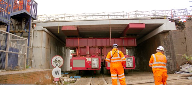 The new bridge deck being positioned on Station Road in Hucknall (28 August)