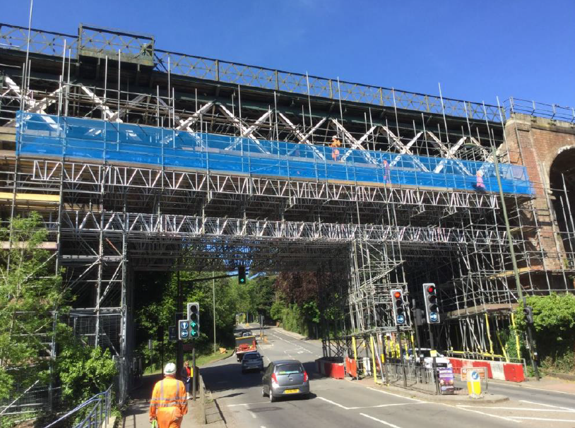 VIDEO: Work on viaduct well underway high above streets of Oxted, Surrey: Oxted Viaduct
