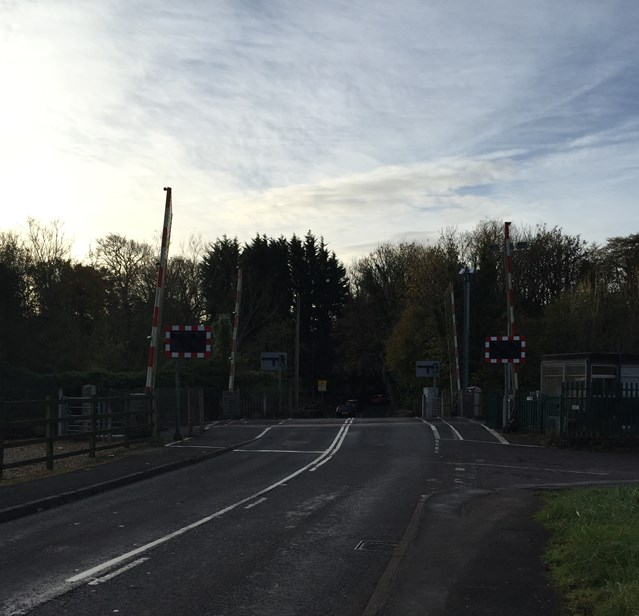 Cardiff residents to learn more about temporary level crossing closures over the festive period as railway upgrade continues: StFaganslevelcrossing