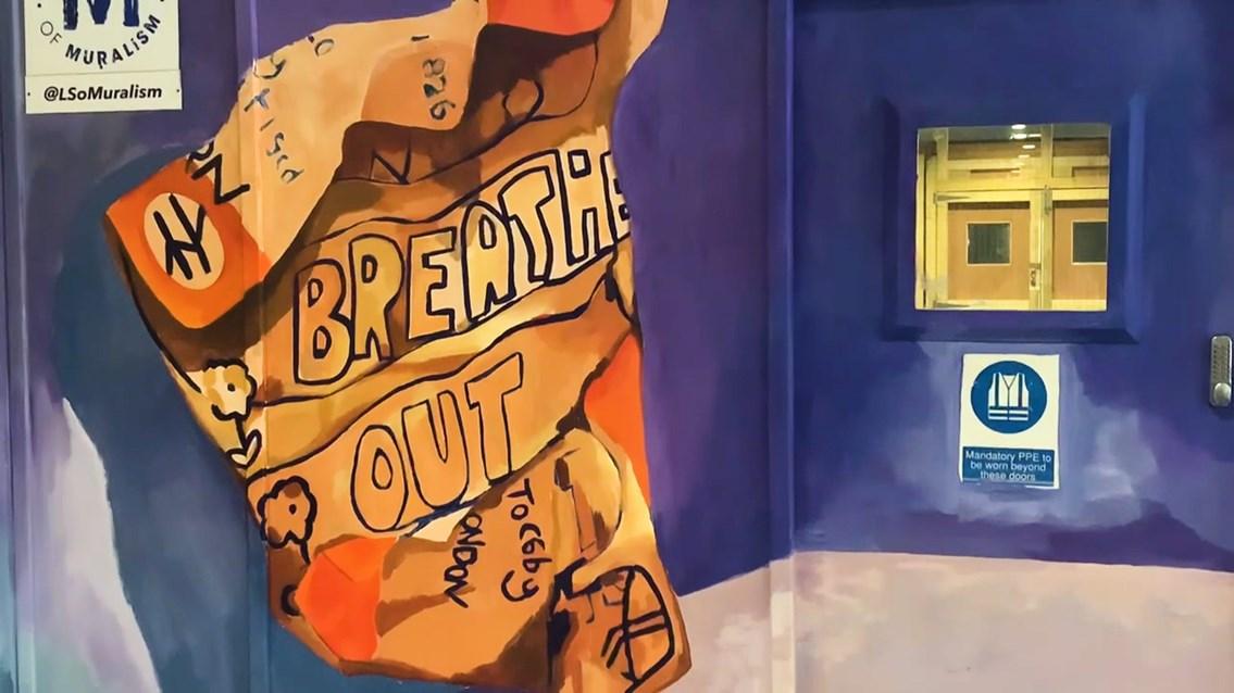 Euston mural close up-2