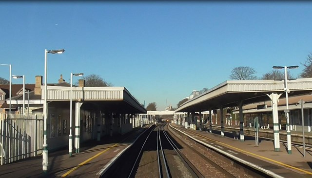 Four stations on Southern and Thameslink routes in the South to benefit from Network Rail-delivered accessibility improvements: South Croydon driver's eye view