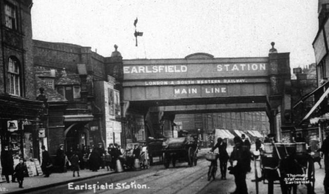 Earlsfield station-3
