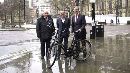 GM's cycling and walking plans praised by lead cycling country: Eamon Boylan, TfGM; Chris Boardman, Cycling and Walking Comissioner, Simon Smits, Dutch Ambassador