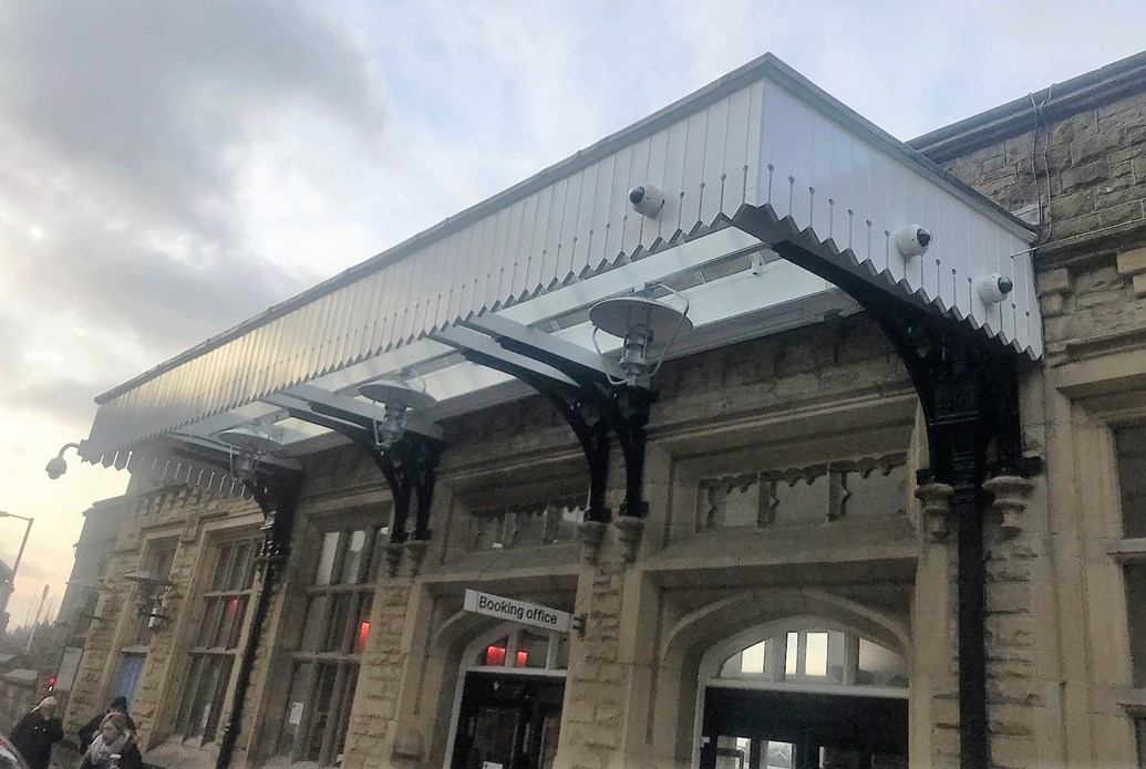Lancaster station welcomes passengers with newly restored canopy: Lancaster station canopy