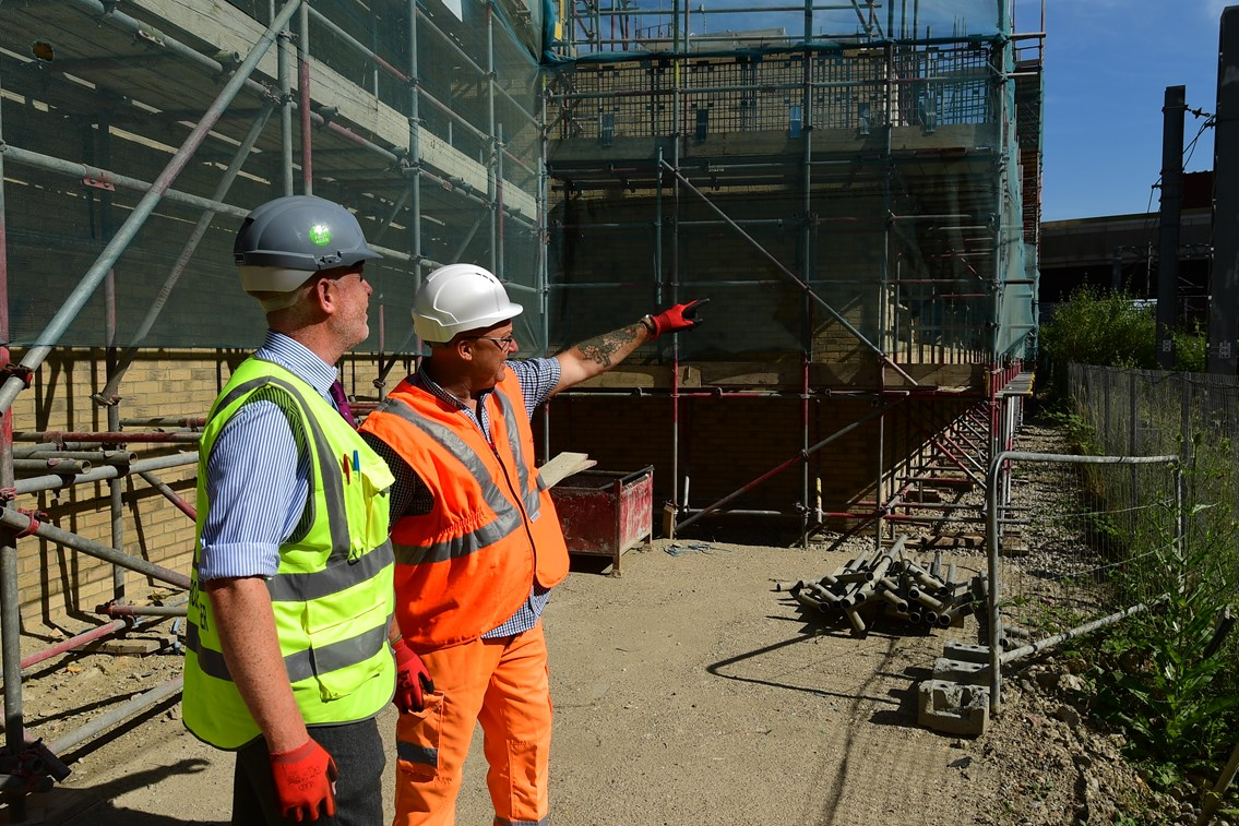 Network Rail and Higgins engineers on worksite: Open for Business, OfB, Engineer, Asset Protection and Optimisation, ASPRO, partnership, partner, client, third party, outside party, railway, building, construction, generic, worker, worksite, work, team briefing