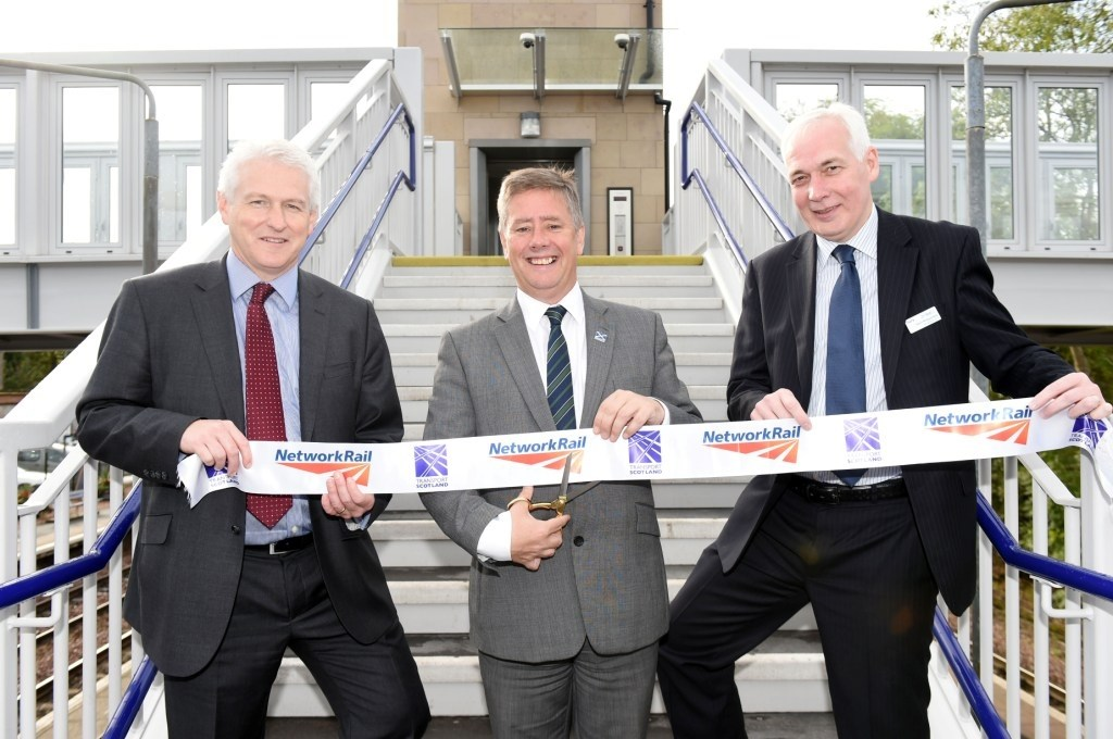 Dunblane station's new £3m footbridge opens for Ryder Cup: Dunblane opening