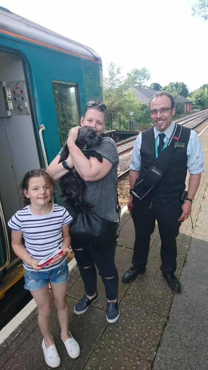 Quick thinking Arriva Trains Wales staff help reunite Tudor with his family: DogRescue