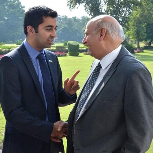 Humza Yousaf meets Mohammad Sarwar: Humza Yousaf meets Mohammad Sarwar, Governor of Punjab, in Pakistan