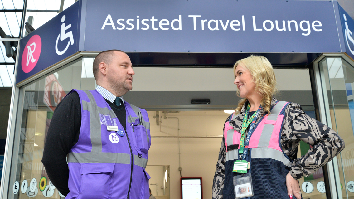 New assisted travel lounge opens at Reading station: Reading Assissted Travel Lounge