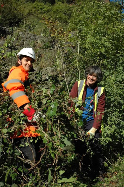 (From left to right) Local botanist, Libby Houston, and Network Rail environmental specialist, Daniella Radice