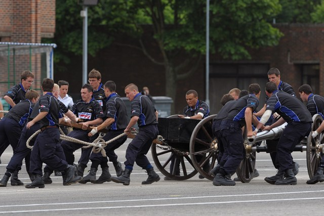 Apprentices taking part in field gun competition 3