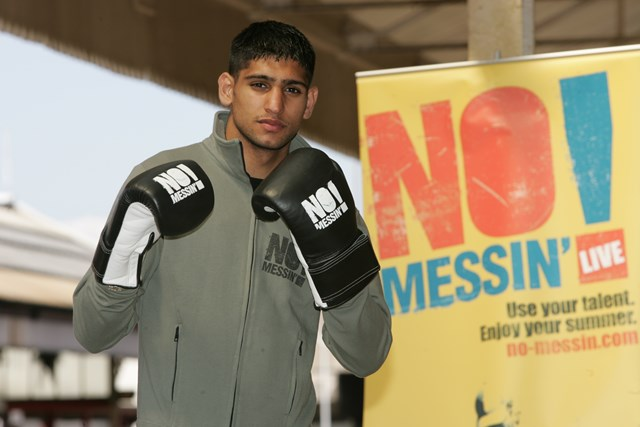 No Messin' Live! Amir Khan: Amir Khan supports No Messin' Live 2007