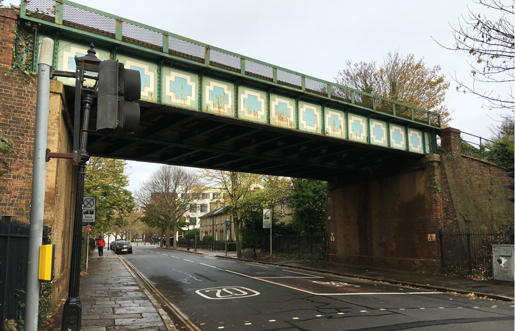Passengers and motorists reminded to plan ahead as £2.7 million new railway bridge in Portsmouth to be installed next week: Burnaby Road bridge