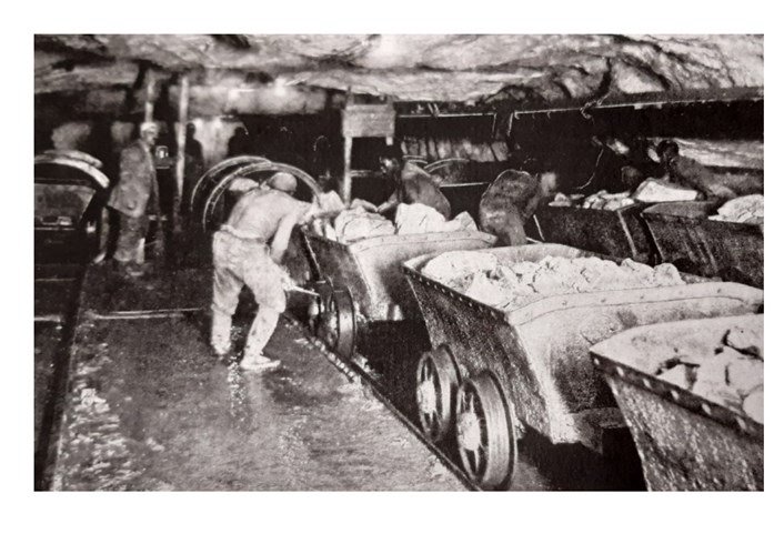 Leeds Industrial Museum: Leeds firm Hudson's wagons in use in a gold mine