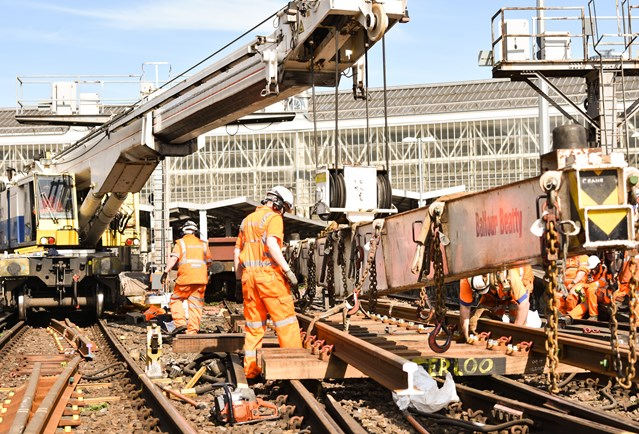 Network Rail reminds south London and Surrey passengers to Check Before You Travel ahead of Easter upgrade work: Replacing S&C panels in Waterloo