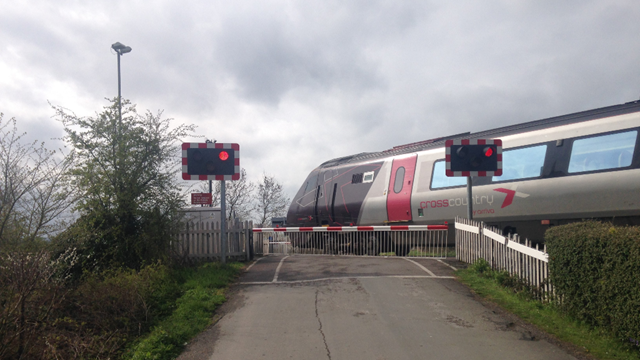 Level crossing in Cheltenham to close for emergency works until April 2021: Swindon Road for web