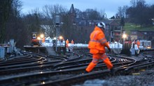 East Kent resignalling - old Rochester: The old station at Rochester is a hive of activity in the early hours of the weekend