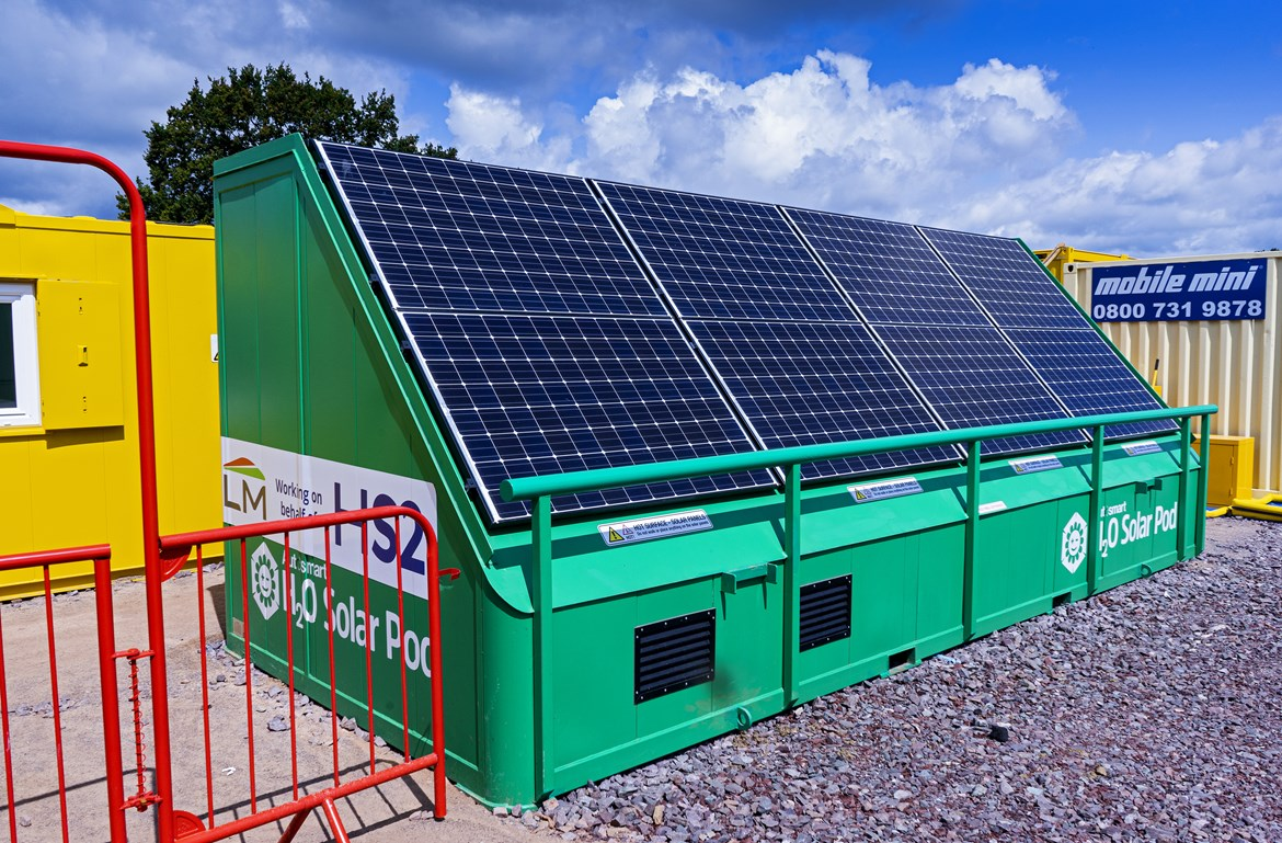 On Clean Air Day 2020, HS2 announces ambitious plans to raise the bar on air quality across the project: Solar (PV) cell unit supplying electricity and hot water to site accommodation September 2020