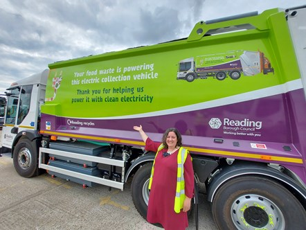 Councillor Adele Barnett-Ward, Lead Councillor for Neighbourhoods & Communities, with Reading's new electric refuse collection vehicle