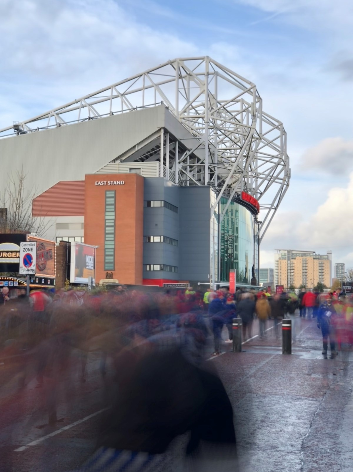 Crowds heading to Old Trafford