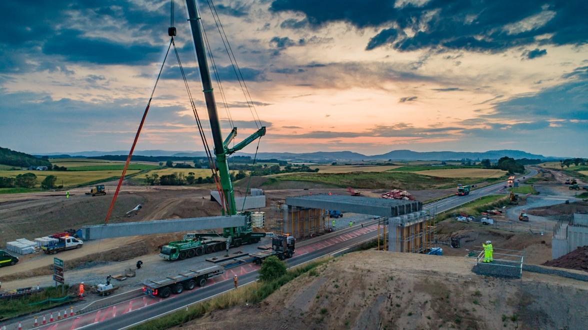 A9 - Tullybelton Junction beam lift - 30.7.19 01
