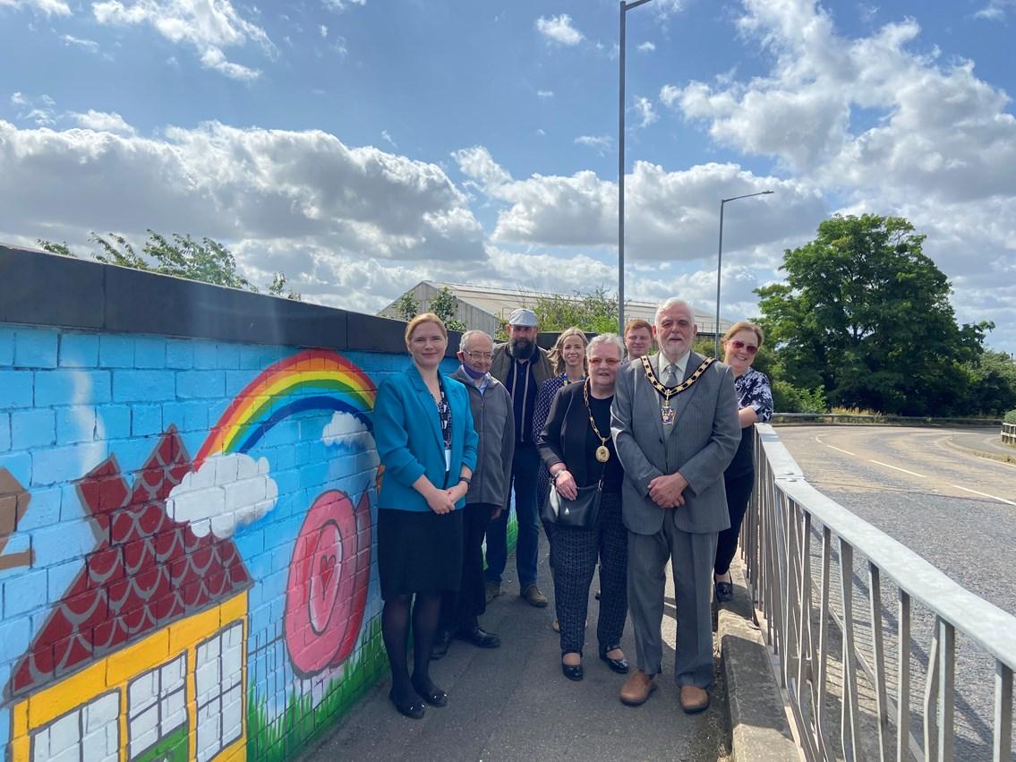 Network Rail brightens up Nottinghamshire bridge to help tackle graffiti: 20210813 101008911 iOS