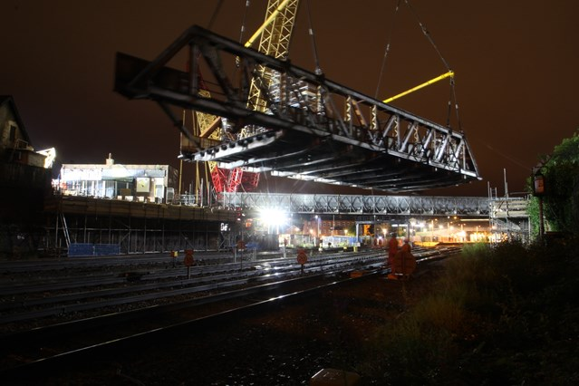 VIDEO: Timelapse captures milestone of electrification work to improve rail journeys in South Wales: Bridge Street Bridge removal