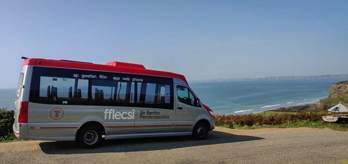 fflecsi Pembrokeshire coastline
