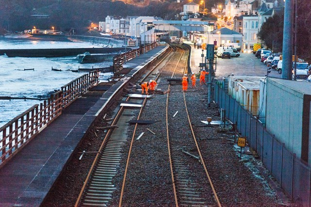 Immediate step to protect vital railway 'artery' in the south west to start in November: Breakwater repairs will help protect the coast from the force of waves