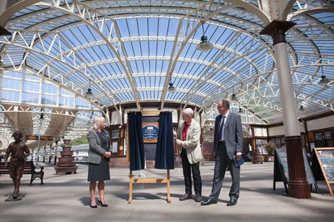 Wemyss Bay plaque with Jacqueline Rae, of ScotRail, Andy Savage, of the National Railway Heritage Awards, and Donald Stevenson, of Network Rail.