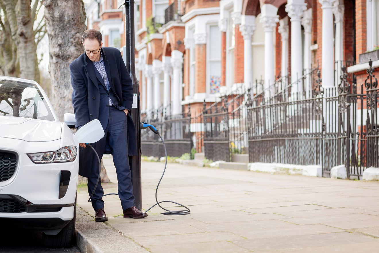 Siemens unveils UK's first converted 'Electric Avenue': Siemens Electric Avenue W9