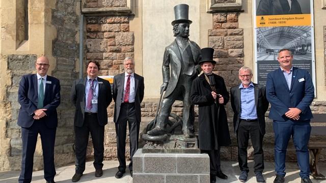 Brunel statue unveiling group shot web