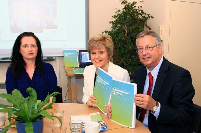 Welfare Reform: https://www.flickr.com/photos/scottishgovernment/14157312869/