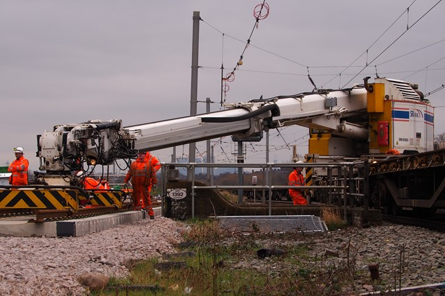 New track installed in the Lee Valley will allow two extra trains per hour: Lee.Valley.Rail.Kirow