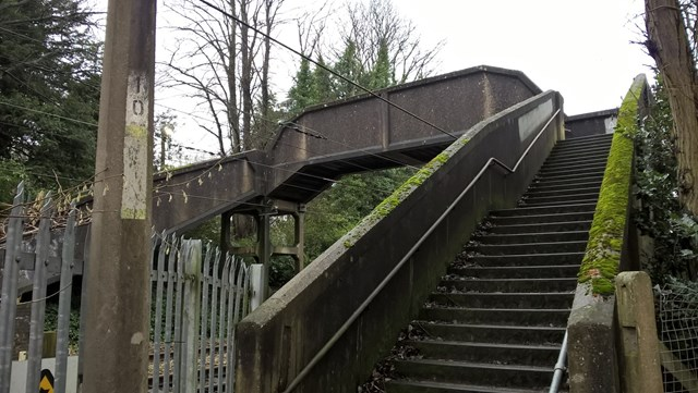 Hesketh Arms footbridge Cheadle Hulme