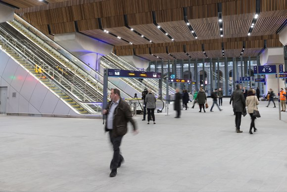 London Bridge concourse-7