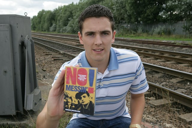 Stewart Downing supports No Messin'!