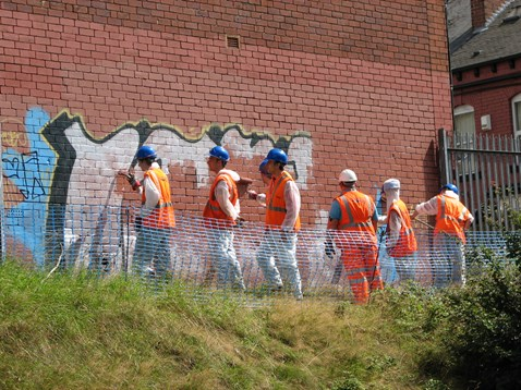 Graffiti removal at Burley Park station_001