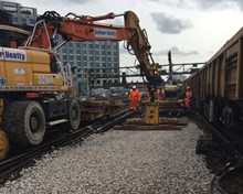 Important sections of track at Waterloo were replaced during the weekend of 4-5 March (2)