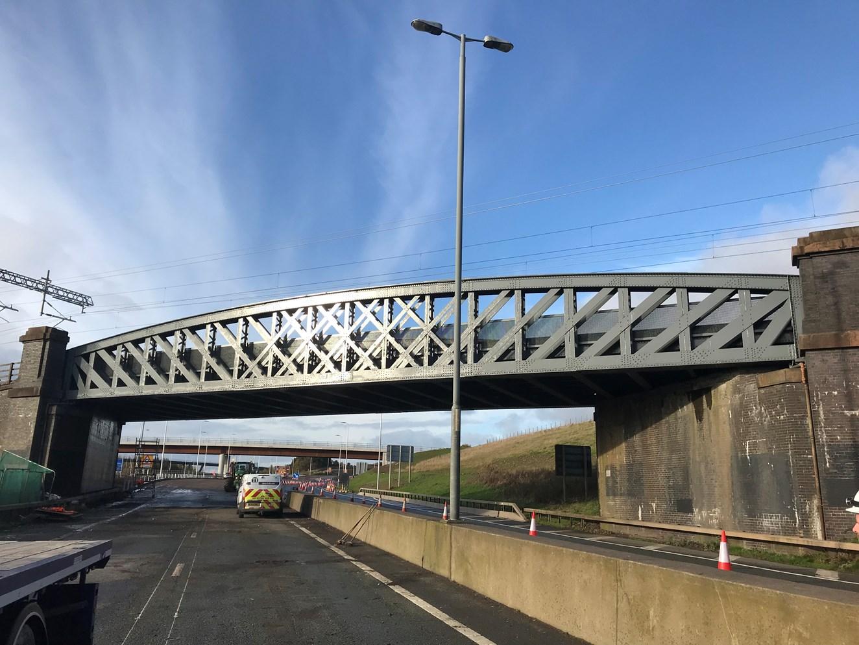 Network Rail completes refurbishment of iconic Cutty Sark bridge: Cutty Sark Complete