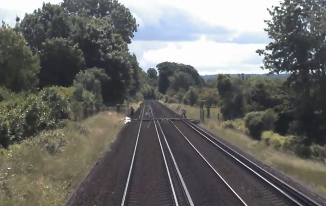 VIDEO: Near miss with group of walkers in Kent sparks Network Rail appeal to crossing users: Otford nr miss still