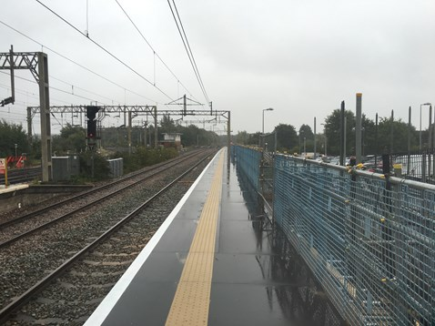 Liverpool South Parkway platform extension complete