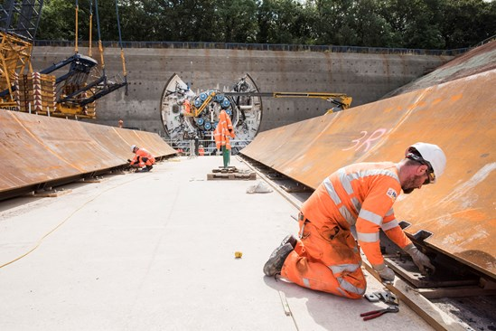 Engineers prepare the launch area for the Long Itchington Wood Tunnel tunnelling machine HS2-VL-28092