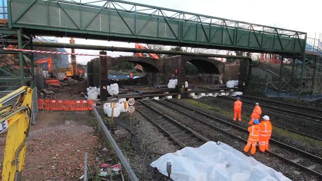Rail bridges demolished over Christmas for new Crossrail trains: Crossrail Christmas work 2012