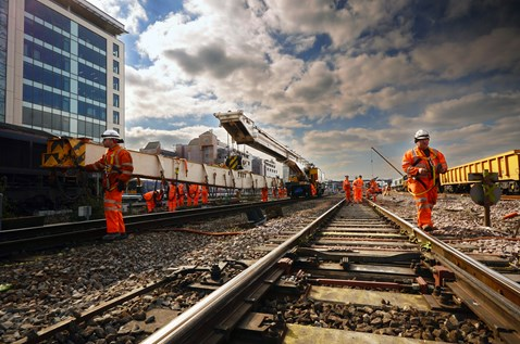 Thousands of UK companies are set to benefit from huge new £multi-billion work-bank: Reading station - Kirow crane east of station